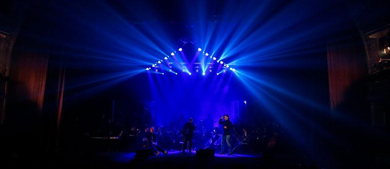 Трейлер концерту ТНМК та оркестру «Слобожанський» в фокусі освітлення