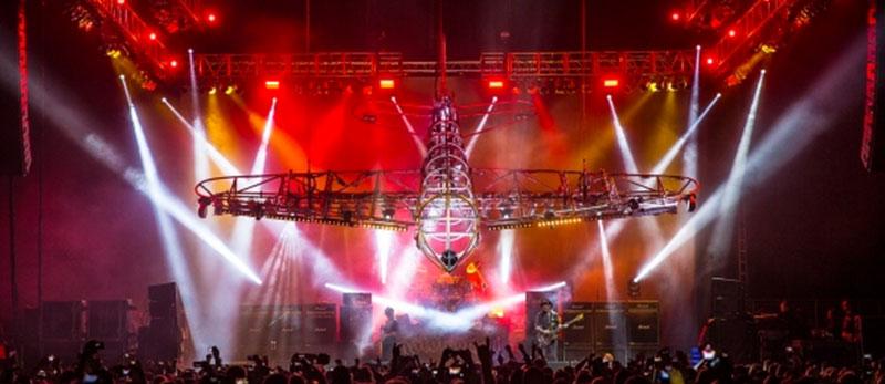 Магічне освітлення & автоматизація для фінального туру Motörhead