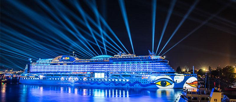 Нюанси освітлення  на урочистій церемонії запуску розкішного круїзного лайнера AIDAprima